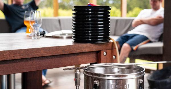 """Equipos """"todo en uno"""" o máquinas para hacer cerveza en casa"""